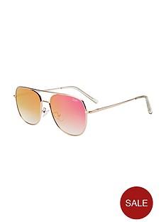 quay-australia-running-riot-mirror-sunglasses