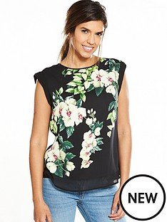 oasis-botanical-placement-tee