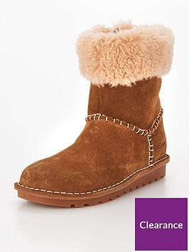 clarks-greeta-ace-infant-boot