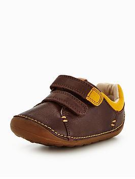 clarks tiny toby shoe