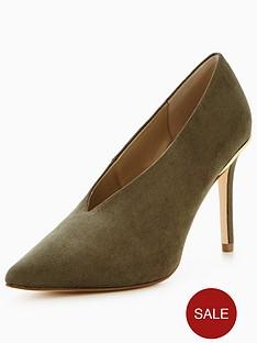 miss-selfridge-louisa-deep-v-court-shoe