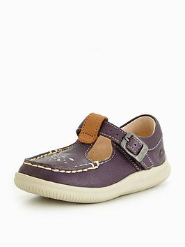 clarks-cloudmocha-first-shoe