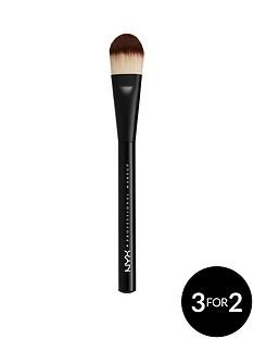 nyx-professional-makeup-pro-brush-flat-foundation-brush