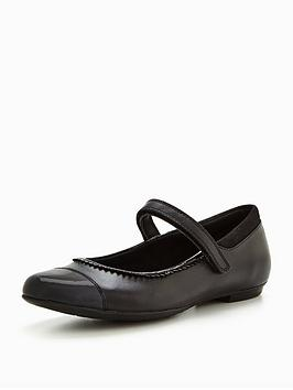 clarks-tizz-ace-junior-shoe