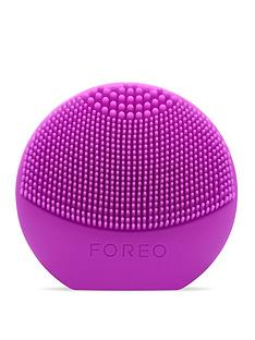 foreo-luna-play-facial-cleansing-brush
