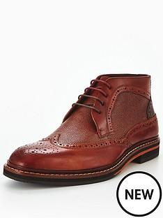 ted-baker-cinik-a-chukka-boot
