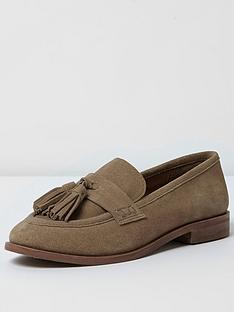 river-island-tan-front-tassle-loafer
