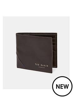 ted-baker-corner-detail-wallet