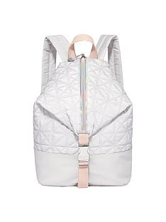 fiorelli-sport-strike-a-pose-backpack