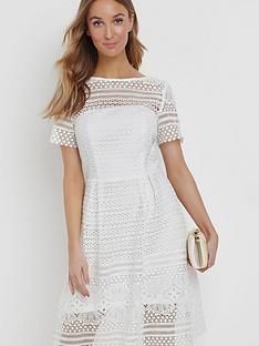 paper-dolls-crochet-a-line-dress