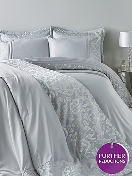 bella-floral-jacquard-duvet-cover-setnbsp