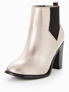 v-by-very-penny-extra-wide-fit-heeled-chelsea-boot-metallic