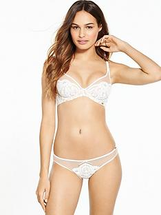 boux-avenue-opal-high-apex-plunge-bra