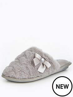 v-by-very-snowy-heart-print-fur-mule-slipper-dark-grey