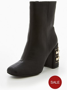 v-by-very-fondant-pearl-heel-high-ankle-boot-black