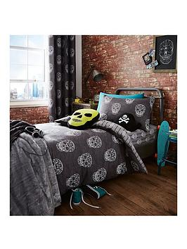 Catherine Lansfield Skulls Single Duvet Cover Set