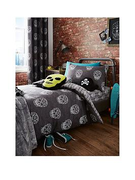 Catherine Lansfield Skulls Double Duvet Cover Set
