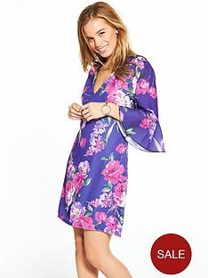 little-mistress-petite-purple-floral-v-neck-flute-sleeve-shift-dress