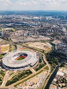 virgin-experience-days-football-stadium-helicopter-tour