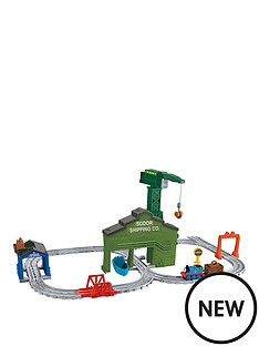 thomas-friends-thomas-amp-friends-adventures-cranky-at-the-docks-playset