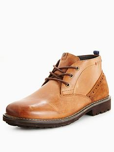 wrangler-mount-desert-chukka-boot