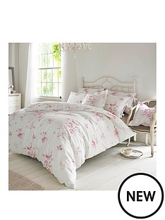 holly-willoughby-olivia-raspberry-pillowcase-pair