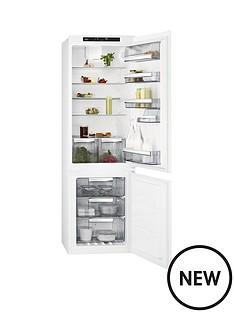 aeg-sce81816ts-55cm-integrated-frost-free-fridge-freezer