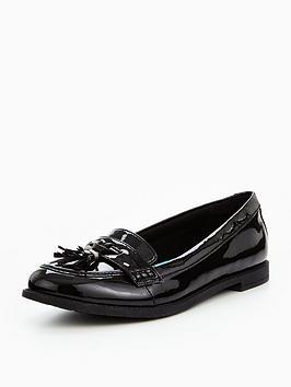 clarks preppy edge junior shoes - black patent