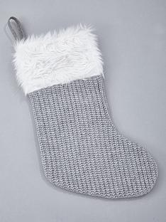 knitted-grey-christmas-stocking-with-faux-fur-trim