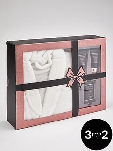the-indulgence-collection-indulgence-collection-bathrobe-set