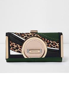 river-island-river-island-leopard-circle-clip-top-purse