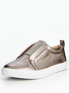 head-over-heels-effi-metallic-plaimsoll