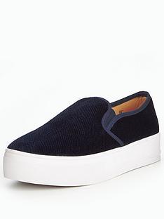 head-over-heels-eilsa-velvet-skate-shoe