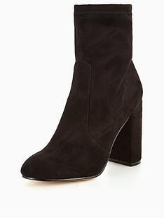 head-over-heels-head-over-heels-ollivia-unstructured-sock-boot