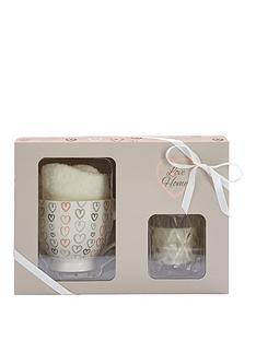 love-home-love-home-candle-mug-amp-sock-set