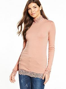 yas-elle-long-sleeve-top-mahogany-rose