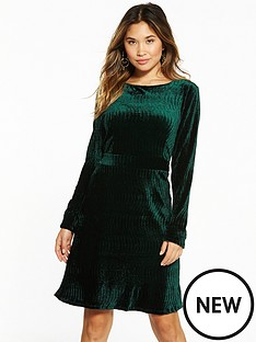 vila-sakko-long-sleeve-dress