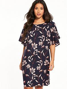 vila-lyri-short-sleeve-dress