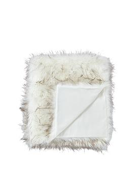 Cascade Home Cascade Home Luxury Faux Fur Tipped Throw Picture