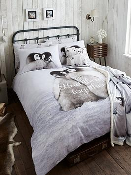 catherine-lansfield-snuggly-penguin-100-cotton-christmas-duvet-cover-set