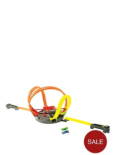 hot-wheels-roto-revolution-track-set