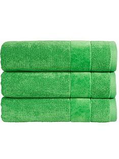 christy-prism-hand-towel