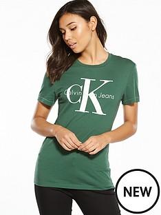 calvin-klein-jeans-true-iconnbspshrunken-t-shirt-trekking-green