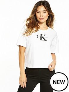 calvin-klein-jeans-true-iconnbspteco-18bnbspshort-sleeve-t-shirt