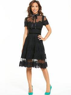 myleene-klass-lace-prom-dress