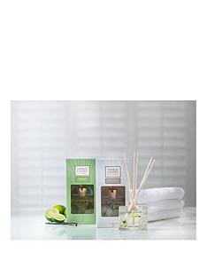yankee-candle-signature-reed-diffuser-twin-pack-ndash-vanilla-lime-amp-fluffy-towels