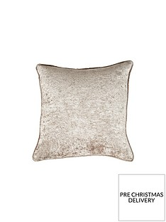 laurence-llewelyn-bowen-scarpa-cushion