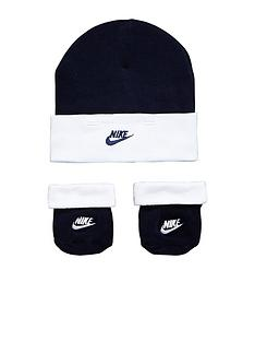 nike-baby-boy-hat-and-bootie-gift-set