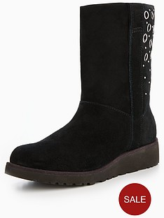 ugg-madison-eyelet-short-boot