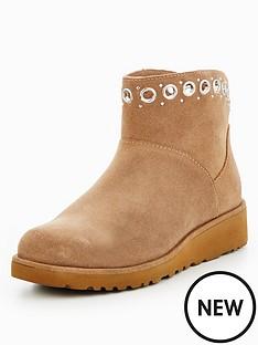 ugg-riley-eyelet-ankle-boot